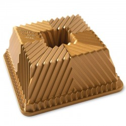 Terrace square bundt pan Gold Nordic Ware